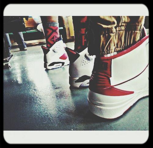 Heat on Feet! Walklikeus SoleSimple Kicks Kicksoftheday