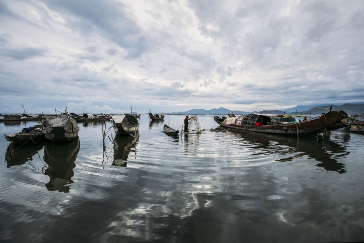 New day at sea Heritage Life In Motion Sea Life Sea Village Seascape Sky And Clouds Travel Photography Vietnam
