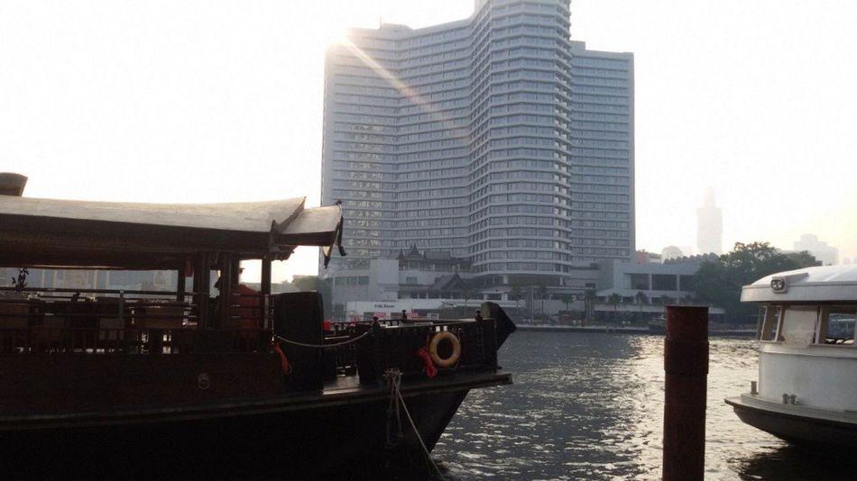 Silhouettes Of A City 'enjoy The Sun Enjoying The Veiw  EyeEm Best Shots - Sunsets + Sunrise