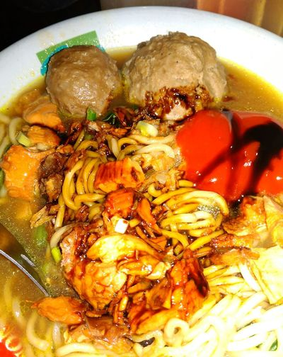 Yuumy Indonesiafood Indonesia Traditional Inndonesia Indonesia Banget EyeEm Selects Melarossa Egg Yolk Appetizer Chinese Food Soup Bowl Bowl Homemade Soup Directly Above SLICE Close-up