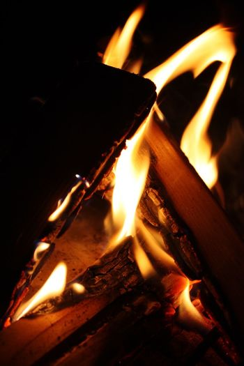 Flame Fire - Natural Phenomenon Burning Heat - Temperature Night Glowing Fire Wood - Material No People Bonfire Silence Heart Shape EyeEm EyeEmBestPics Colours Red Orange Yellow Brown Black Background Black Could Watch For Hours Rethinkyourlife Energy EyeEm Best Shots Rethink Things