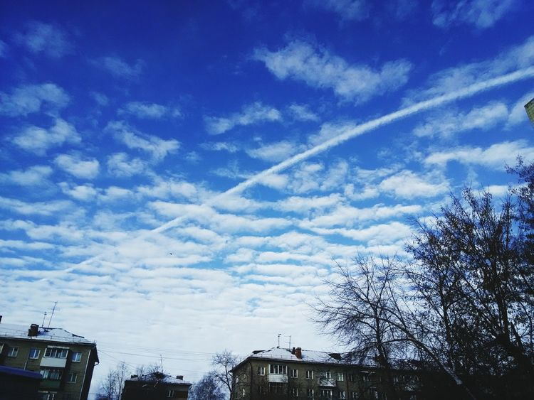 Белые облака --это снег в небе. White clouds are the snow in the sky。 白云是落在天空里的雪。Novosibirsk Snow ❄ Sun ☀ China First Eyeem Photo НГТУ