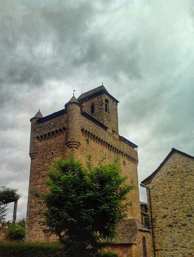 EgliseFortifiée Inieres Aveyron Fortified Old Church France Church Medieval