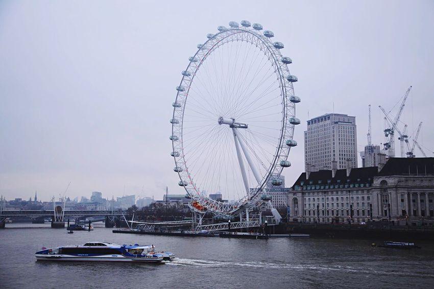 EyeEm LOST IN London EOS 6D EF 24-105mm London London Eye Landscape Landmark