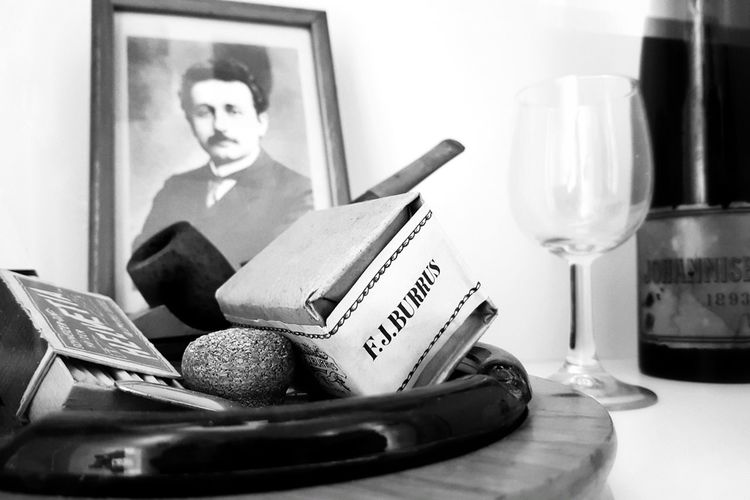 Einstein Smoking Smoking Issues Smoking Time Albert Einstein Einstein EinsteinHaus Taking Photos Blackandwhite Black & White Black And White Monochrome Illuminated Light And Shadow EyeEm Best Shots EyeEm Selects EyeEm Best Shots - Black + White EyeEm Gallery Switzerland Tourist Attraction  Tourist Destination Indoors  Adults Only Adult Business Finance And Industry One Person Old-fashioned Sitting