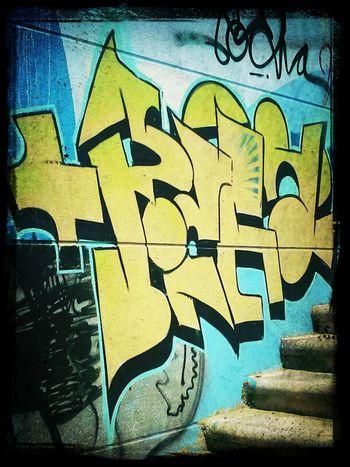 Art, Drawing, Creativity Street Art/Graffiti Graffiti Taking Photos