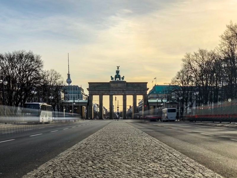 Brandenburger Tor as seen from the west Sunrise Long Exposure Berlin Wall Straße Des 17. Juni Brandenburger Gate Historical Building Berlin Brandenburger Tor Sky Transportation Built Structure Architecture Cloud - Sky Road Tree City Building Exterior Street The Way Forward