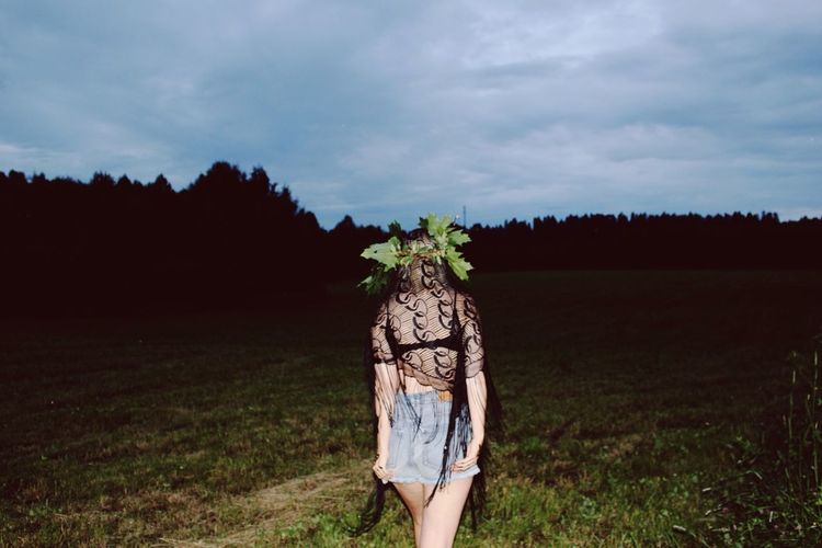 Fine Art Photography Portrait TheWeekOnEyeEM Lace Field Leaves Night Grass Showcase July Eyeemphoto People And Places Overnight Success