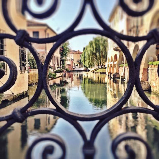 Buranelli Check This Out My Favorite Place From My Point Of View Treviso Veneto Water Canal IPhoneography Italian Veneto Italy Treviso, Italy Peaceful Italy🇮🇹 (null) Walking Around Italy Old Town Taking Photos Close-up Depth Of Field Hidden Gems