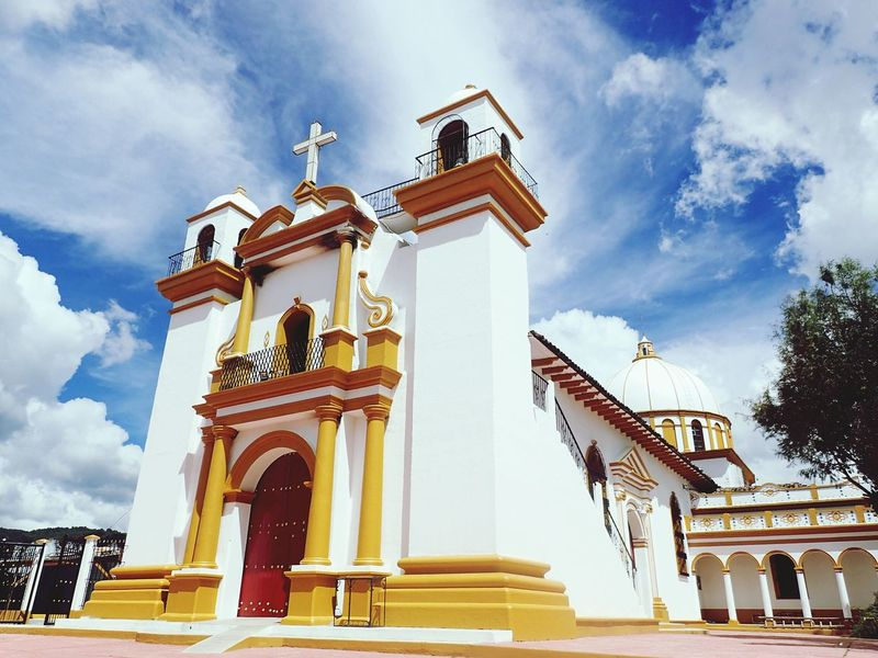 EyeEm Selects Cloud - Sky Architecture Sky History San Cristóbal De Las Casas, Chiapas. Travel Destinations Religion Gold Colored Gold No People Outdoors Day City Church Oaxaca City Shotzdelight Different Points Of View Wanderlust New On Eyeem Somewhere In Mexico