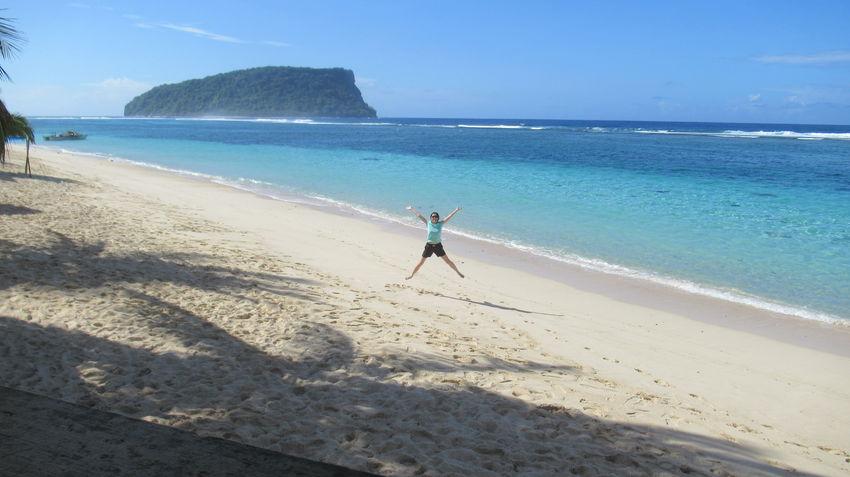 Samoa  Wanderlust Adventure Jumpingpic Lalomanubeach Naturalwonder Planetearth