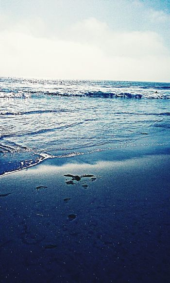Beautiful waves crashing my way... Crashing Waves  Blue Blue Sky Peaceful Serenity LoveMyWork Photography Beautiful Beauty Beach Life Sunset Peaceful Sky Clouds And Sky Couds And Sky