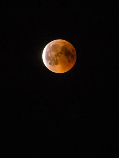 Moon Eclipse at 27th of July 2018 Mondfinsternis 2018 Mooneclipse Mooneclipse2018 Red Red Moon Astronomy Blutmond Blutmond2018 Eclipse Mond Mondfinsternis Moon Moonlight Night Sky Space