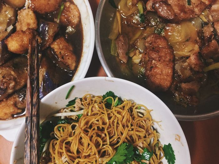 Home-style dinner at late night Foodphotography Food Photography Food Foodie Foodporn EyeEmBestPics EyeEm Best Shots Anythingbutbeautiful Dinner Noodles
