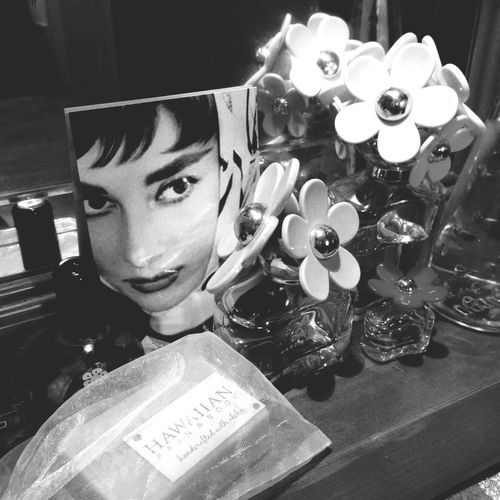 My Favorite  Hairdresser wiz Flowers & Audrey Hepburn (thanx Marc by Marc Jacobs♡)