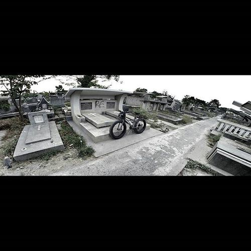 Spooky Cemetery Fatbikes Fatbike Bicycle United Val  2015  Gopro Gopro3plus Goproblackedition Gopro_everything Gopro4life Goprooftheday Gopro_moment 😚