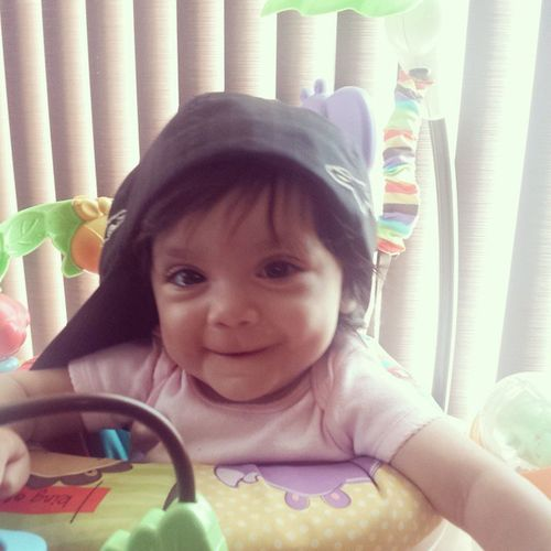Baby Gio with Daddy's hat, lol ? Babygirl Babygio Daddyslittleprincess Baby mipeluda cute