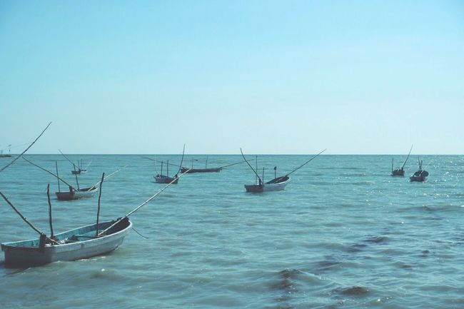 Seybaplaya ville de pêcheur. Sea Waterfront Horizon Over Water Clear Sky NewEyeEmPhotograph EyEmNewHere Lifestyles EyeEmBestPics Travel Photography Fujifilm EyeEm Team Capture The Moment FUJIFILM X-T2 Fujifilm_xseries Fuji First Eyeem Photo Blue Boat Fishing Boat EyeEm Nature Lover Eyem Best Shots Nature_collection Mexico Old-fashioned Pescador Campeche EyeEmNewHere The Great Outdoors - 2018 EyeEm Awards