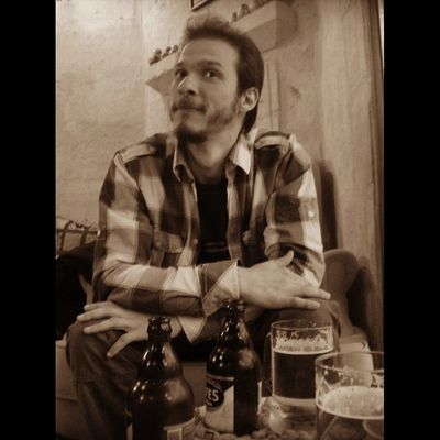 Fermantasyon uzmanı alçak mimar yalın pekvar .?! People Memyself&ı Selfportrait Self Portrait Faces Of EyeEm Drinking Beer Cappadocia Archıtect