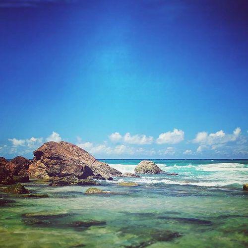 Beach days 😊 Lead_me_to_oblivion Photography Nikon Adventures Beach Water Ocean Sea Horizon Clouds Australia GoldCoast Queensland Rocks Waves Sky