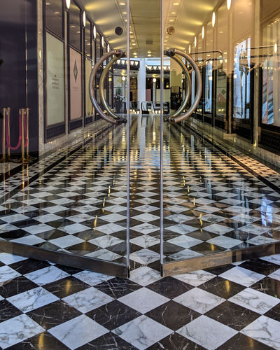 Flooring Tiled Floor Architecture Illuminated Empty Checked Pattern Built Structure The Way Forward Modern Pattern Corridor Reflection Architectural Column Ceiling
