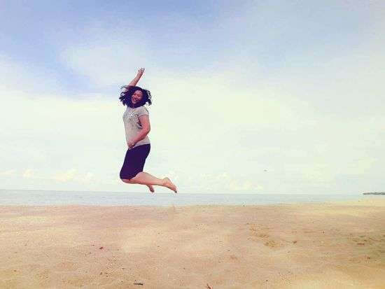 Want to jump high? Squat lower... Jumpshot Beach That's Me Enjoying Life Jump! Touch The Sky