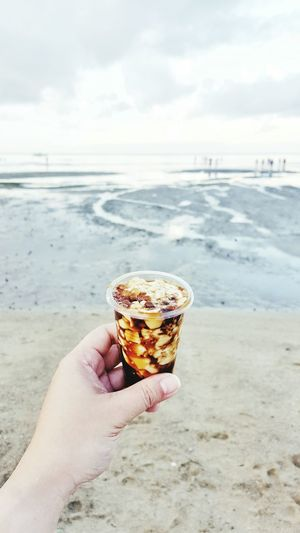Taho at the beach Food Porn Food Foodphotography Beach Life Beach Philippines EyeemPhilippines The Week Of Eyeem Estrellas De Mendoza Original Experiences