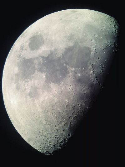 It makes me feel like I were there. Luna Moon Half Half Moon Close-up Moon Shots Moonphotography Moon_lovers Space SpaceDreamer Night Sky Faraway Astronomy Astrophotography Observatory Telescope Telescope View Mobilephonephoto