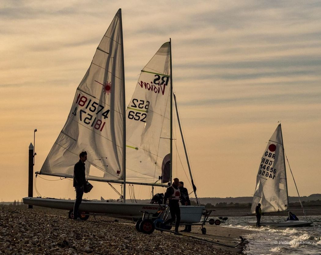 Getting ready for the evening race - Haylingislandsailingclub Sailing Boat Chichester Harbour Beach Evening Golden Hour